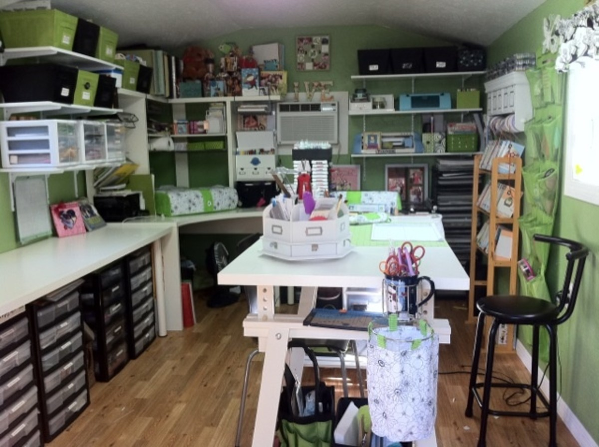 This craft space uses every bit of storage space.