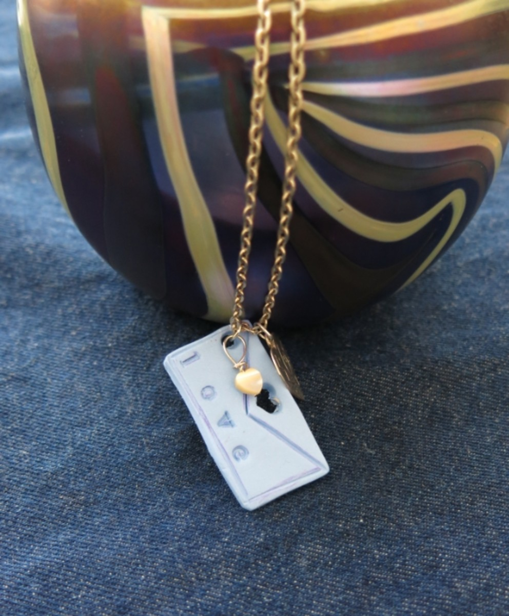 This easy diy pendant makes a great gift!