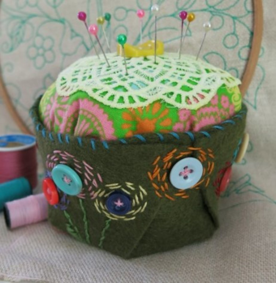 Forming the bottom of your pincushion into a cup.