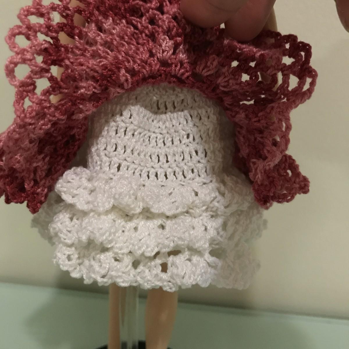 Closer look at the petticoat