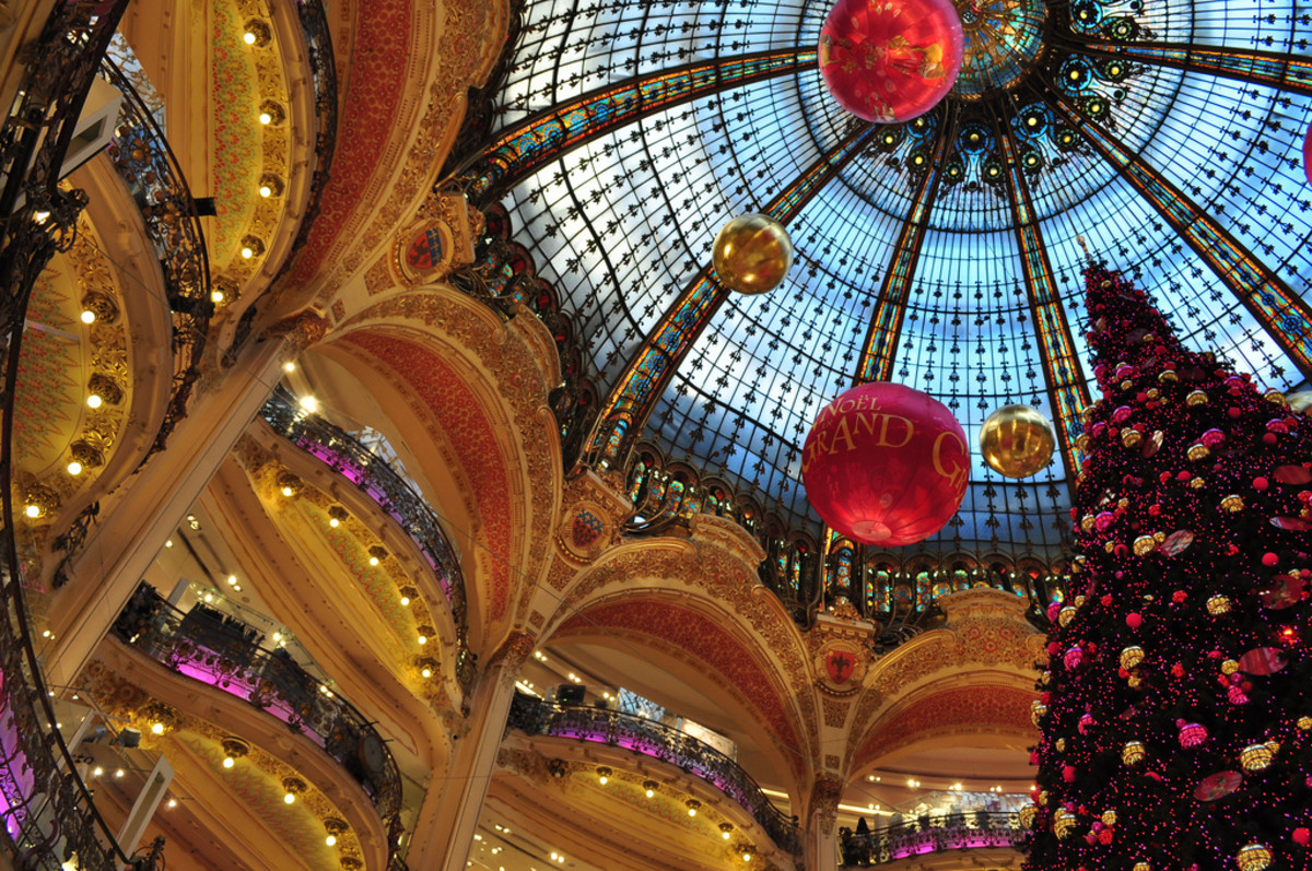 Christmas in France, Customs & Traditions