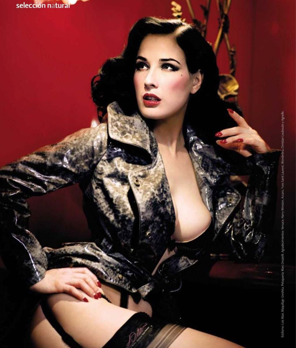 Dita Von Teese - Burlesque Queen and Ultimate Femme Fatale