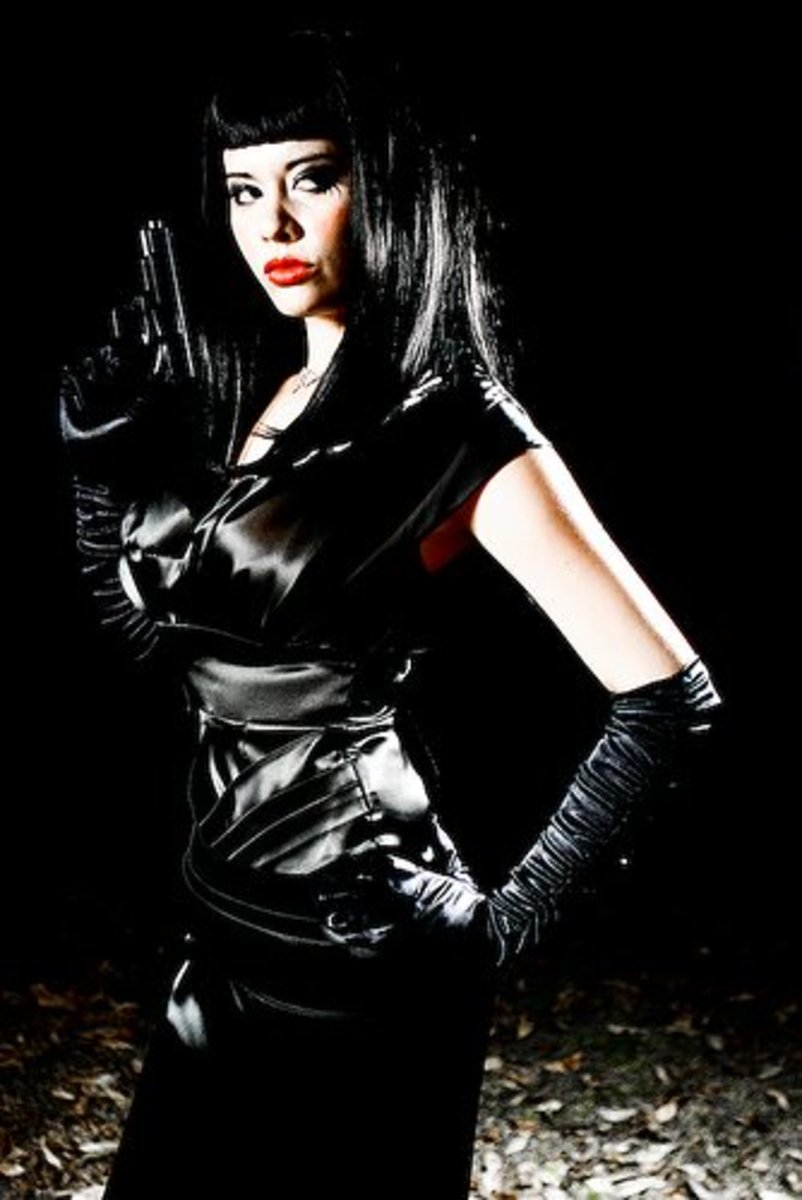 Femme Fatales look great in Black Leather