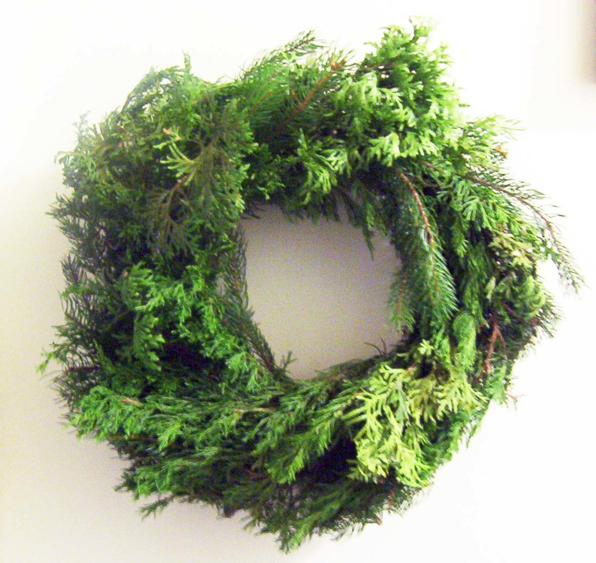 I like to leave my Christmas wreath undecorated