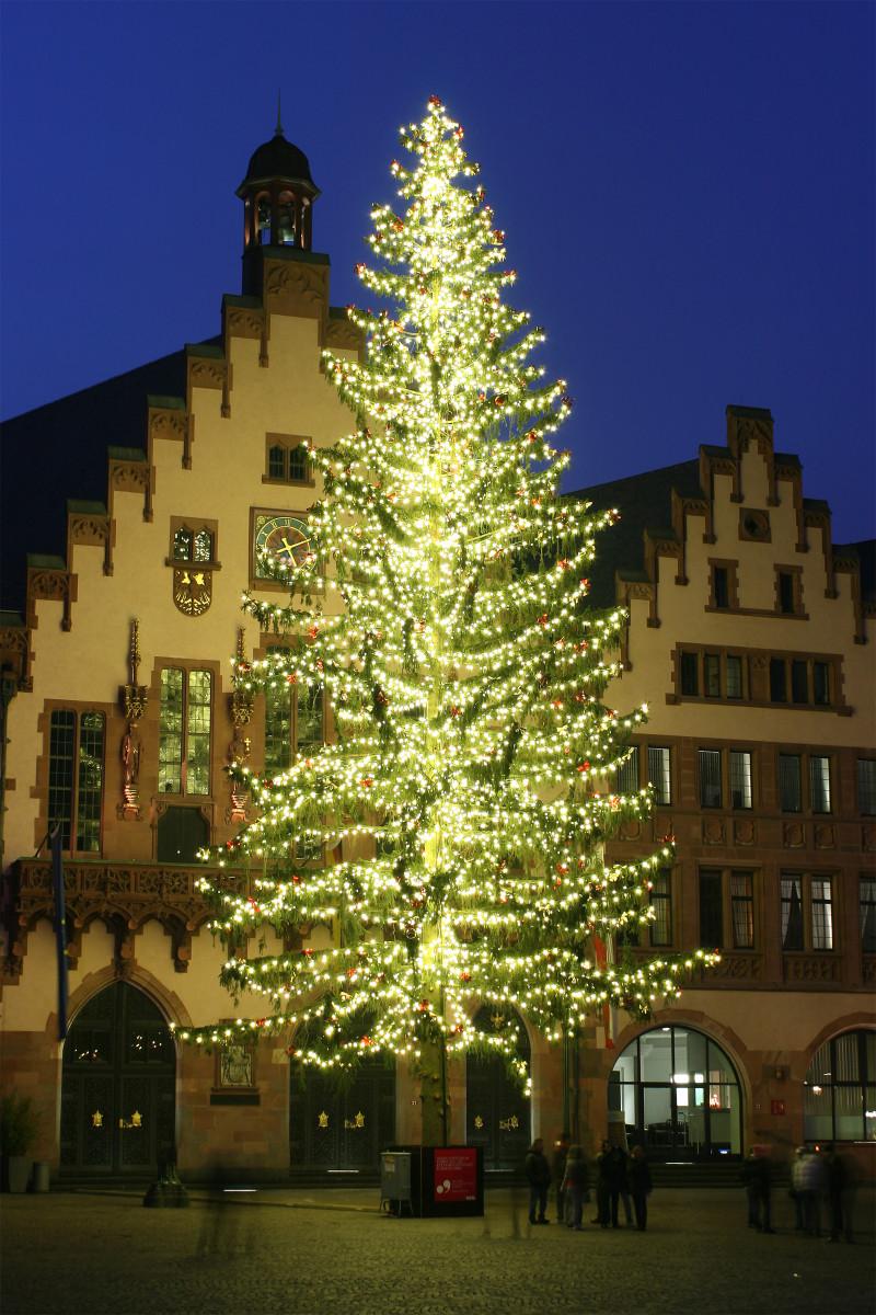 A Christmas tree in Frankfurt at the Christkindlmarkt