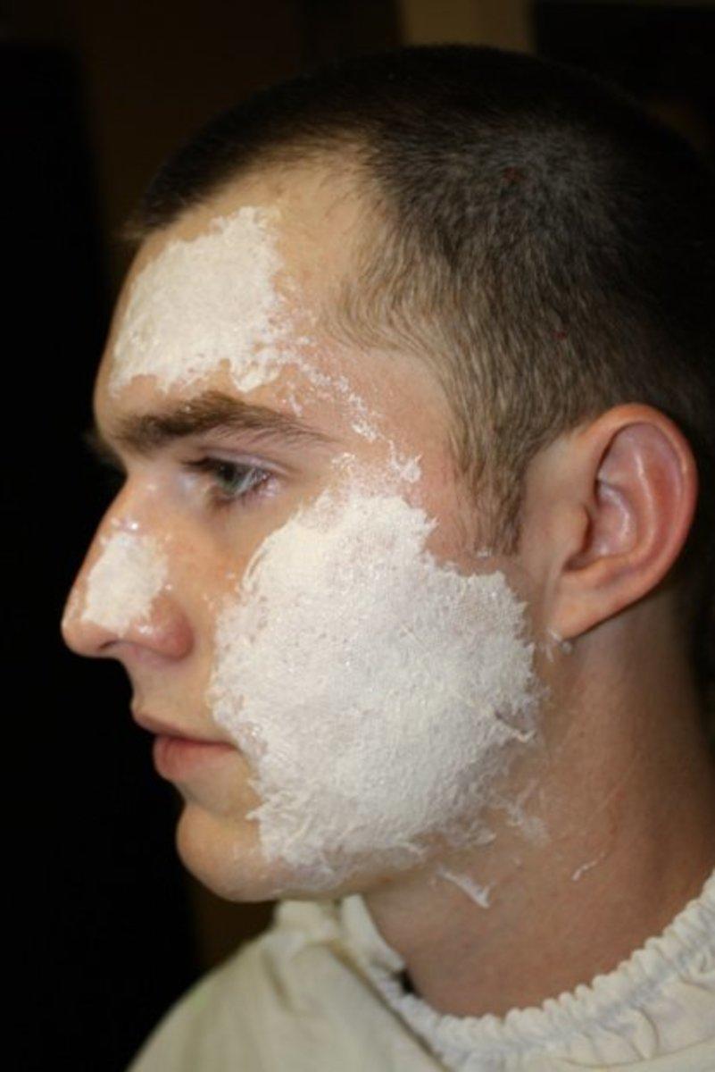 how-to-create-easyish-and-realistic-burn-makeup