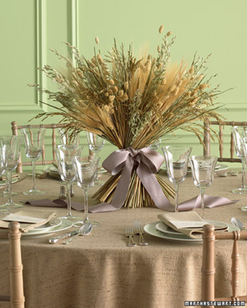 Martha Stewart's DIY wheat and grain centerpiece would be fabulous for a fall wedding.
