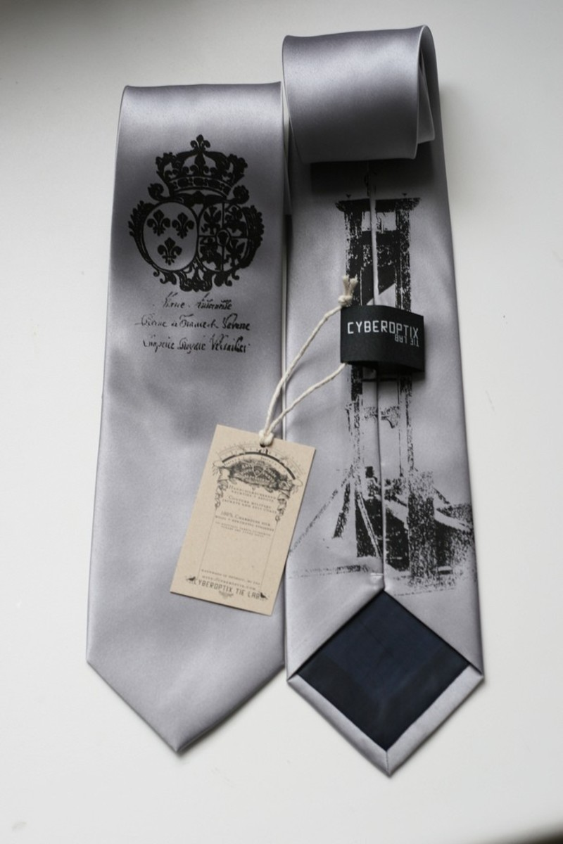 This the perfect tie for groomsmen!  Silkscreen print on a silk tie.