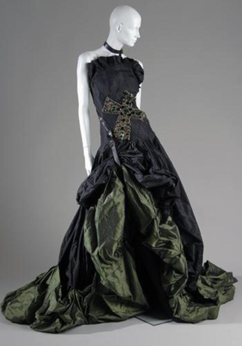 Gorgeous Gown..very elegant