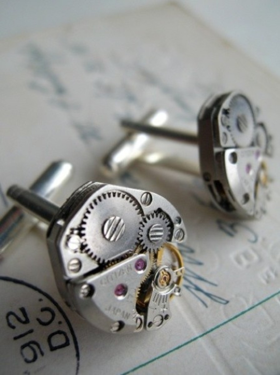 Steampunk Cuff Links - great gifts for the groomsmen!