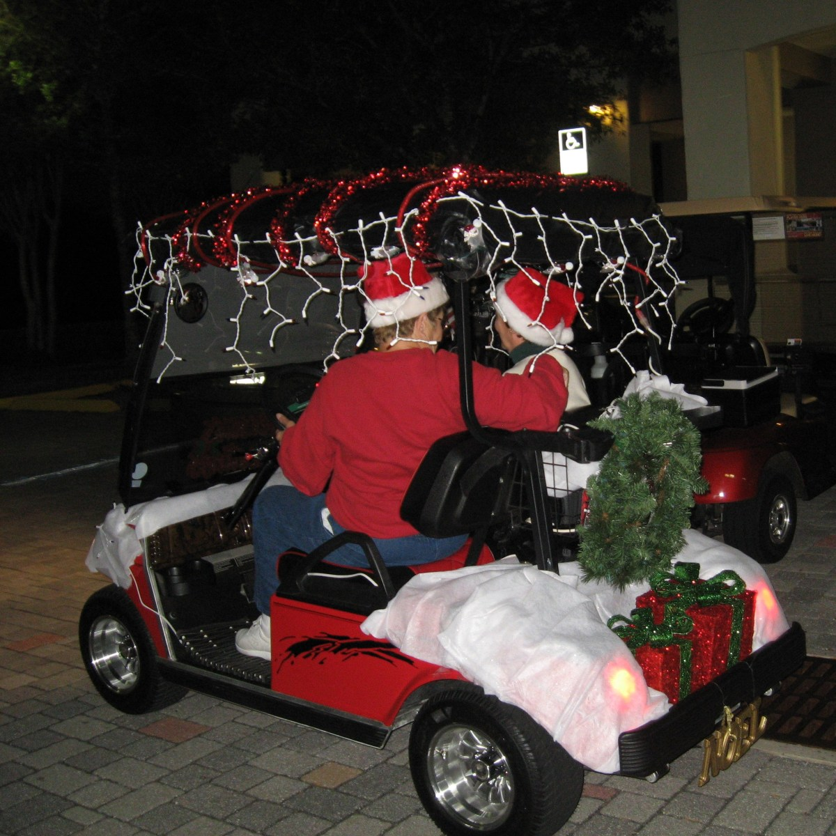 How to Decorate a Golf Cart for Christmas