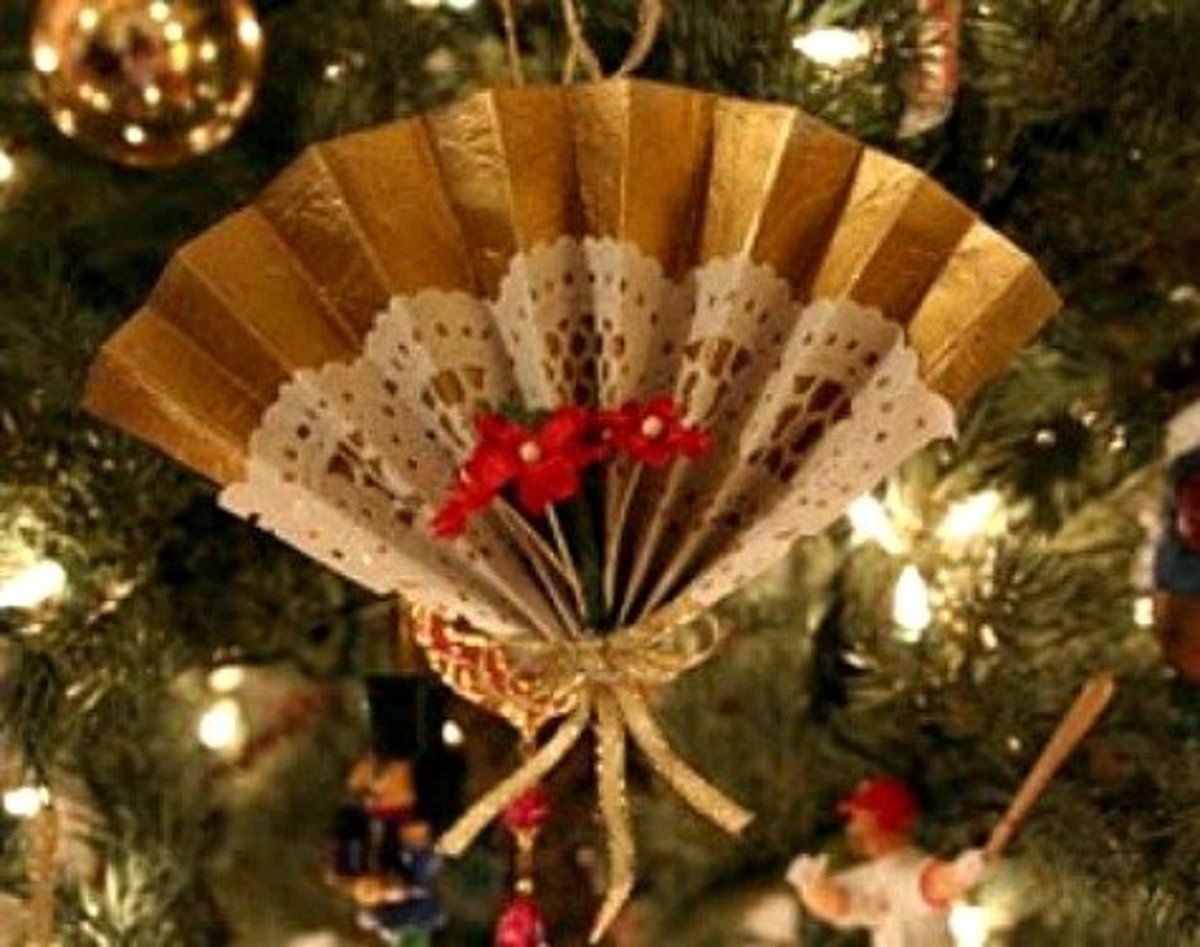 A Simple Victorian Fan Ornament - How To Make Victorian-Style Lace Christmas Ornaments Holidappy