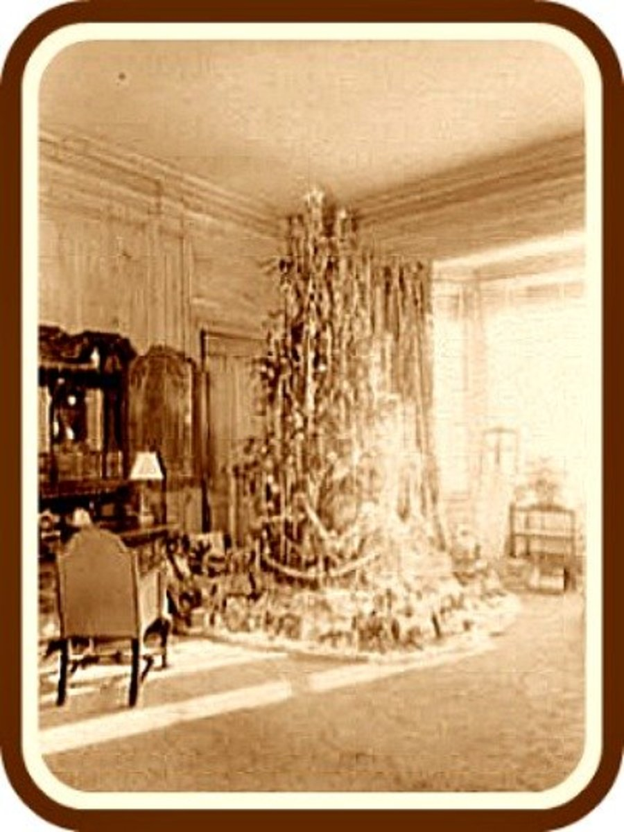 Old Victorian Christmas Tree