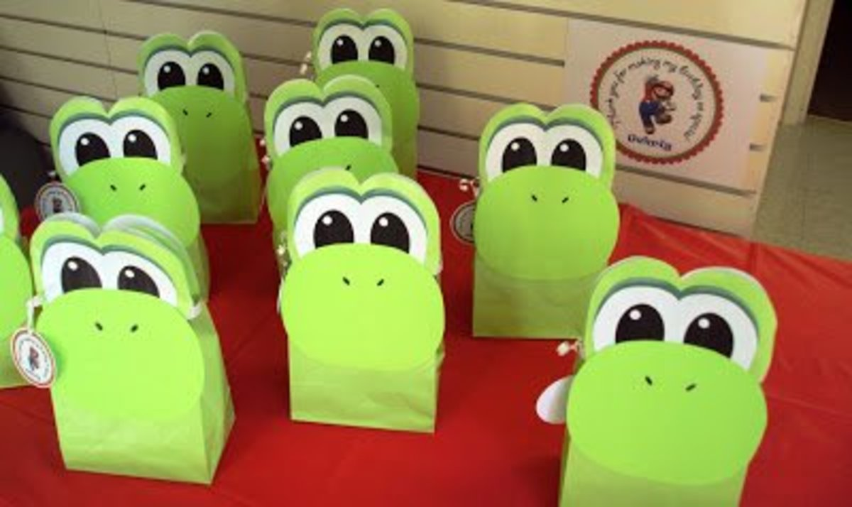 Watch a video showing how to make these Yoshi Loot Bags here....