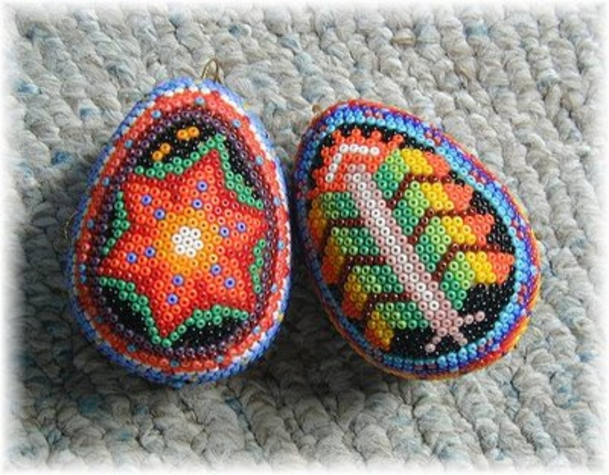 Beaded Ukranian Easter eggs from travelwestukraine.net