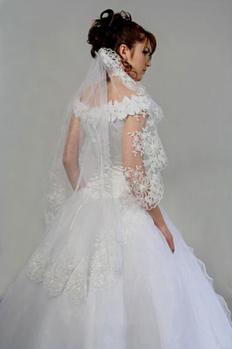 how to pick a wedding veil for your wedding dress