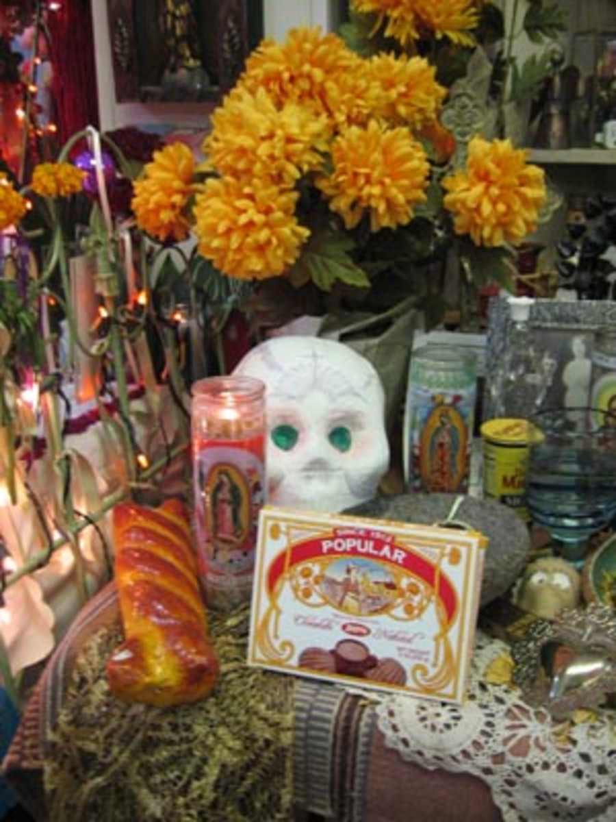Example of a Dia de los Muertos altar