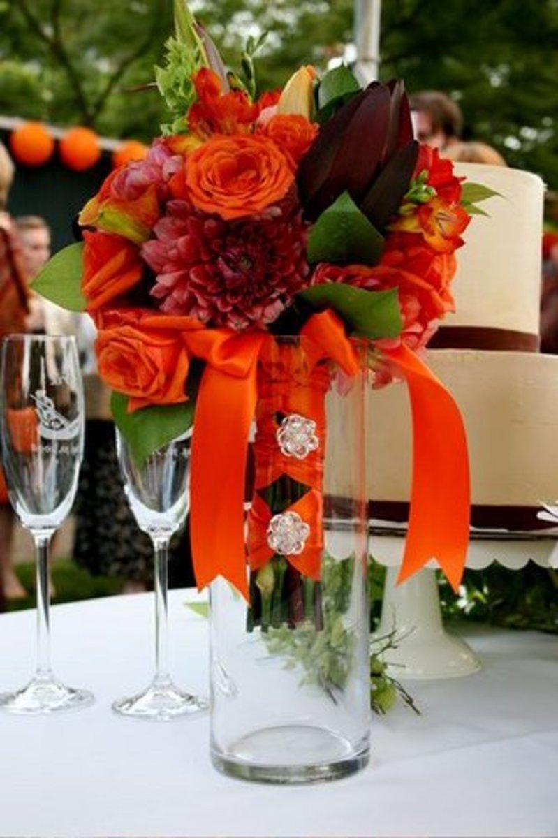 Wedding Flower Arrangement Advice: Autumn Orange Is Amazing