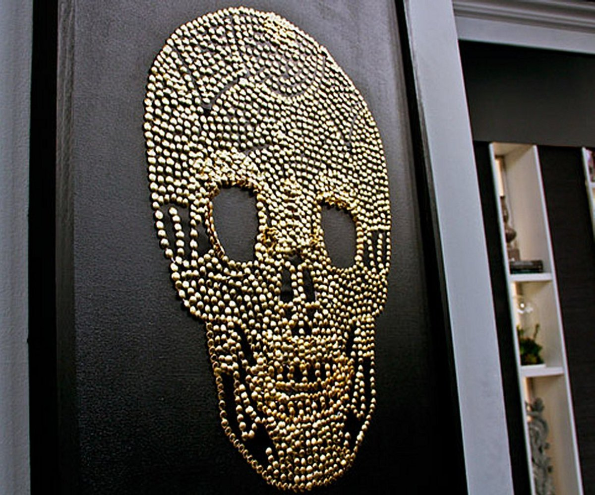 This very cool and modern wall art is super easy to make.