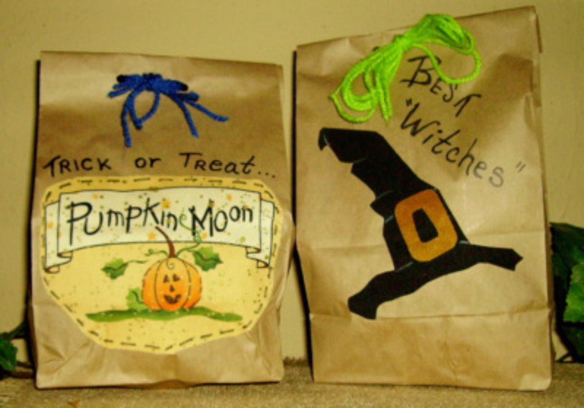 halloween-treats-in-a-brown-paper-bag