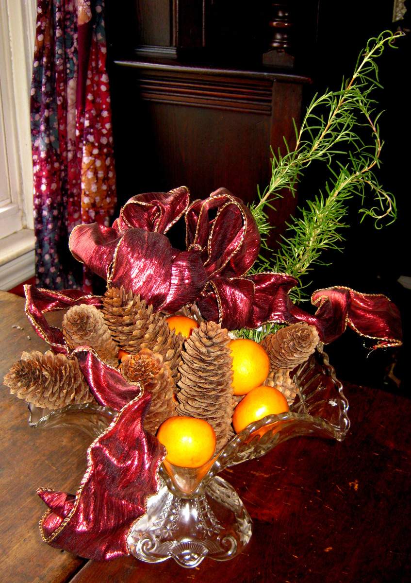 Glass Bowl and Pine Cones