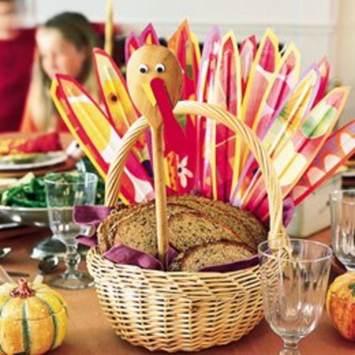 Turkey breadbasket makes a terrific centerpiece