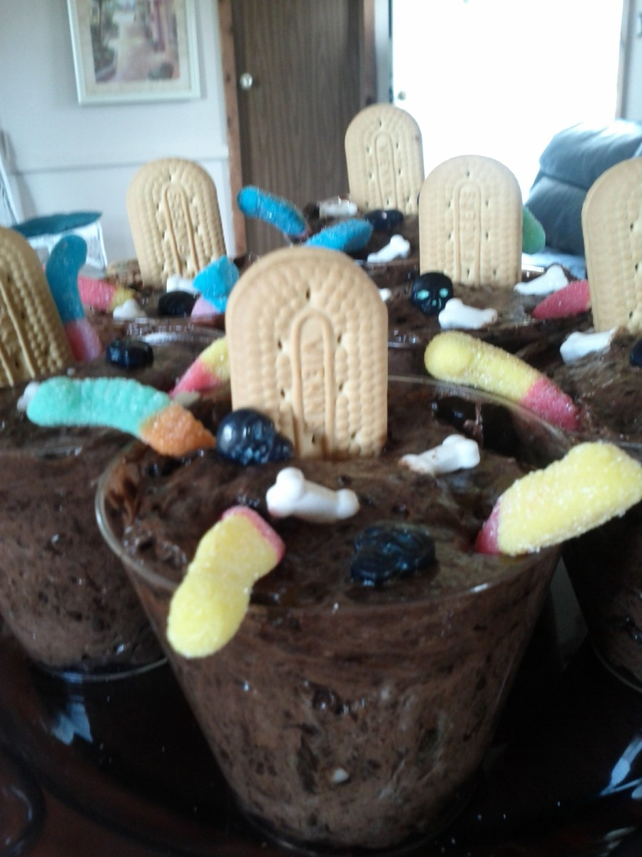 R.I.P. Graveyard Pudding Cups