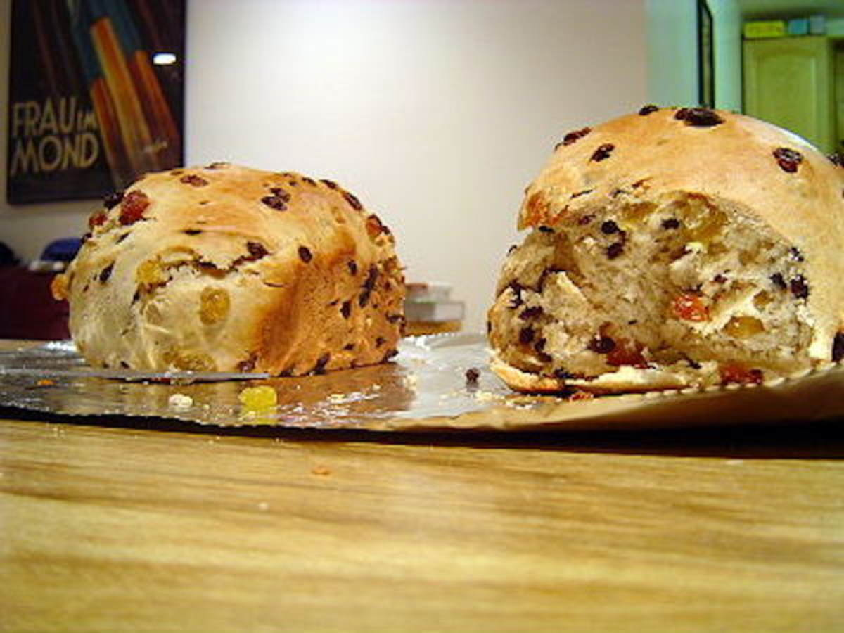 Barmbrack is a sweet Irish bread, and makes a great Christmas treat.