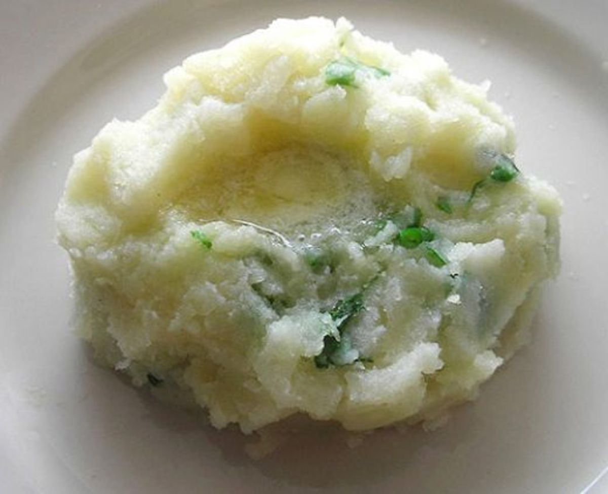 Champ is a traditional Irish potato dish that can be served any time of the year. Delicious with a knob of butter melting over the top!
