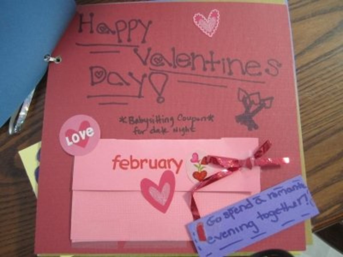 Febuary's coupon theme is Valentine's Day. We put two theater tickets in the pocket for the couple to enjoy.