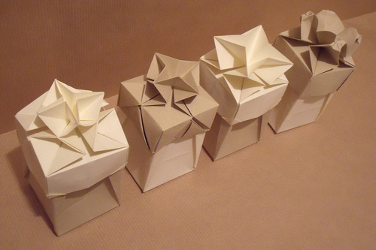 Use origami to make gift boxes out of used gift wrap.