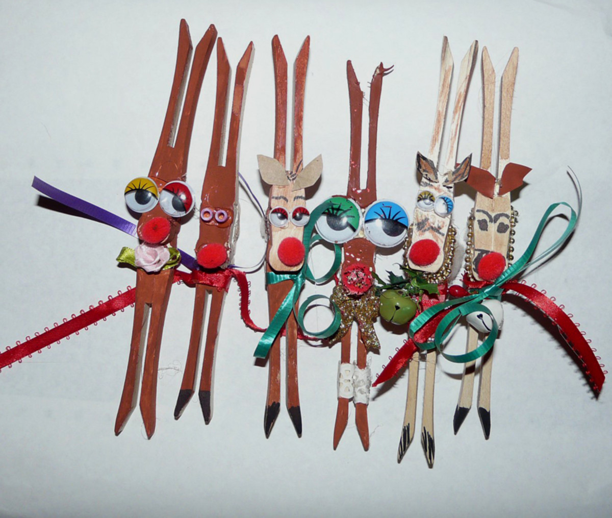 Clothespin reindeer decorated