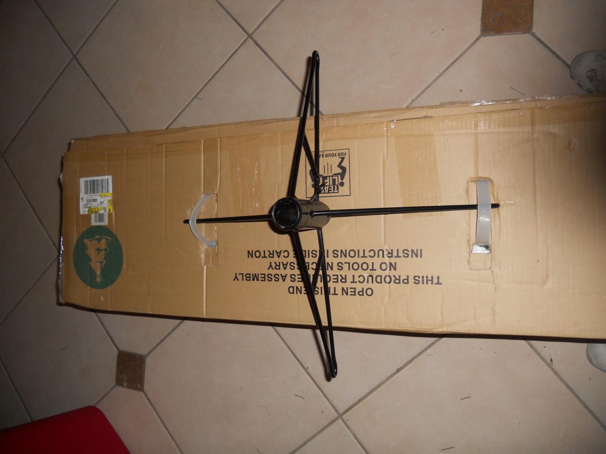 Box - 0 ...  Me - 1