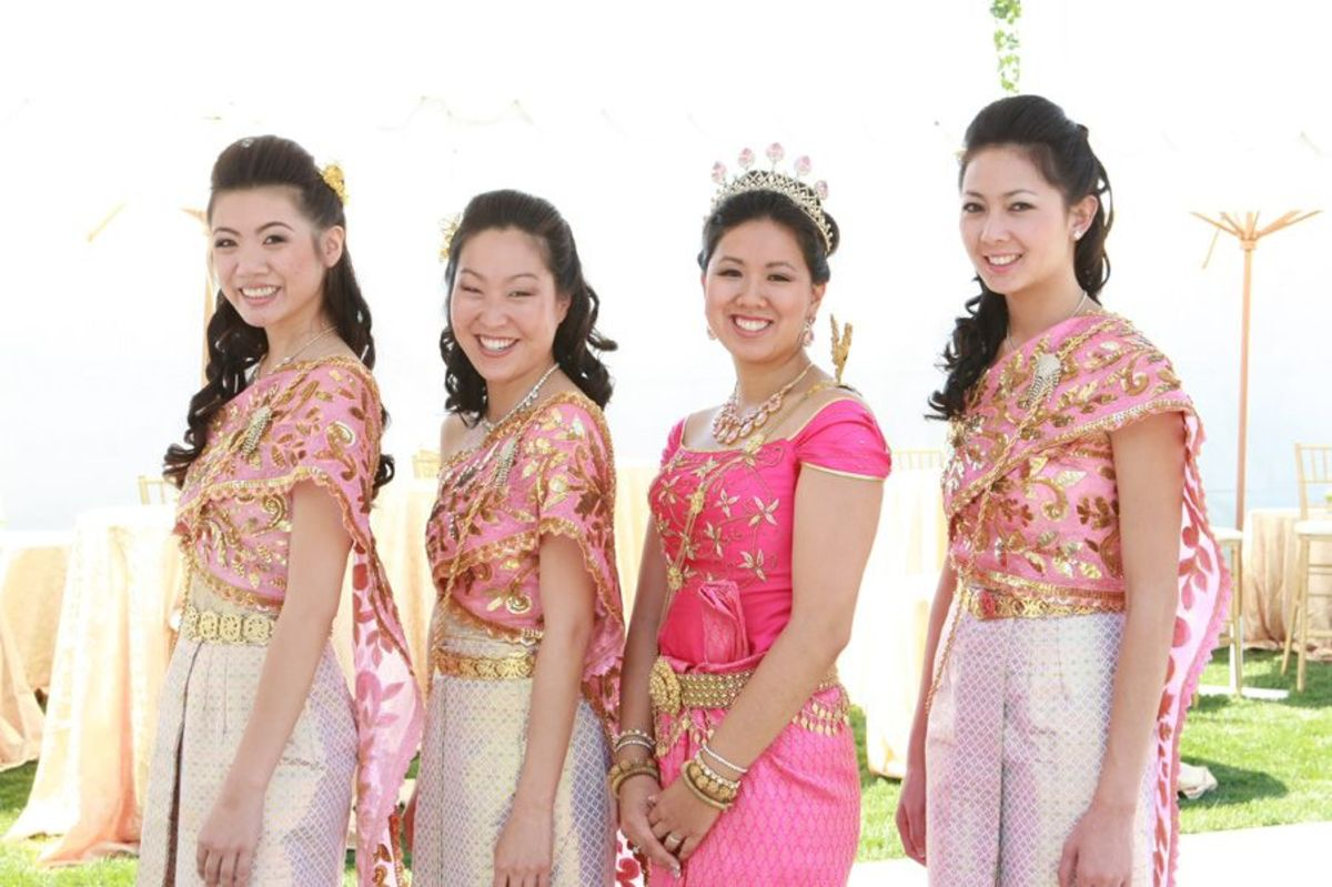 My beautiful bridesmaids and I in lovely shades of pink.
