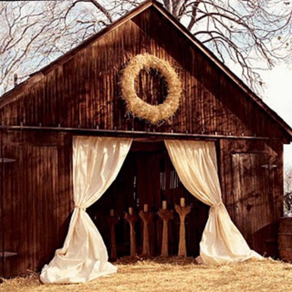 Rustic Wedding Ideas On A Budget: Rustic Barn Wedding Ideas For The Bride On A Budget