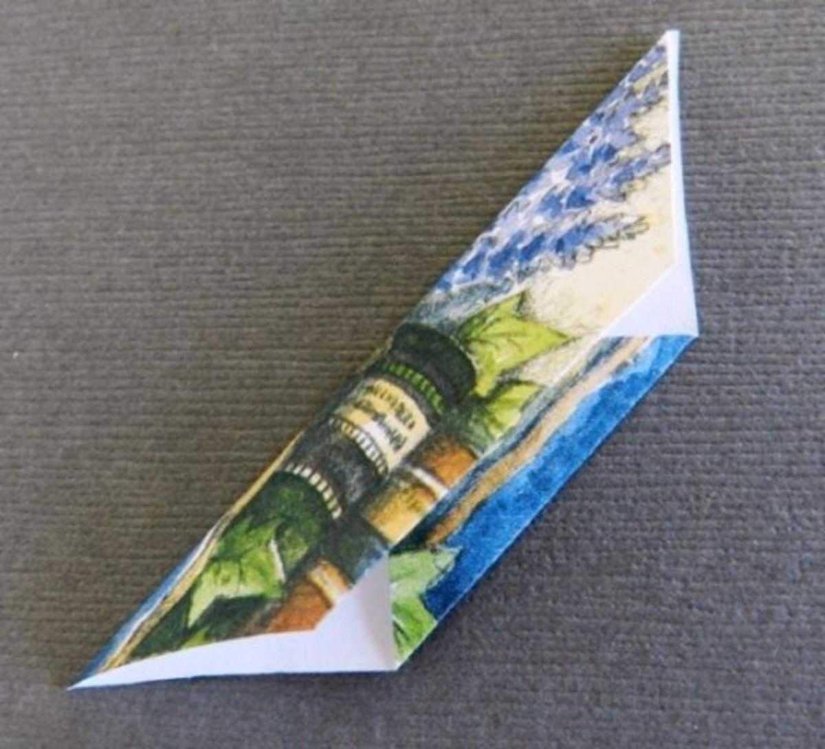 Basis Origami for Tea bag Folding