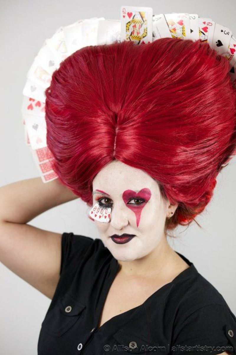 The Red Queen Alice In Wonderland Hair