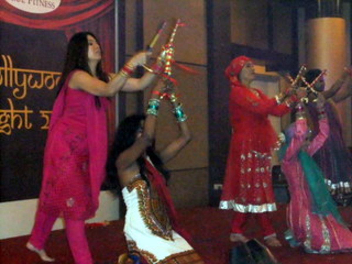 Photo 8: Bollywood Dance during Bollywood theme dinner party