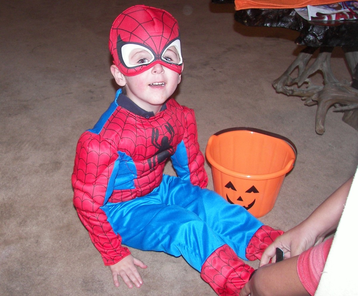 "Watch out, bad guys - Spiderman will ""trick"" you!"