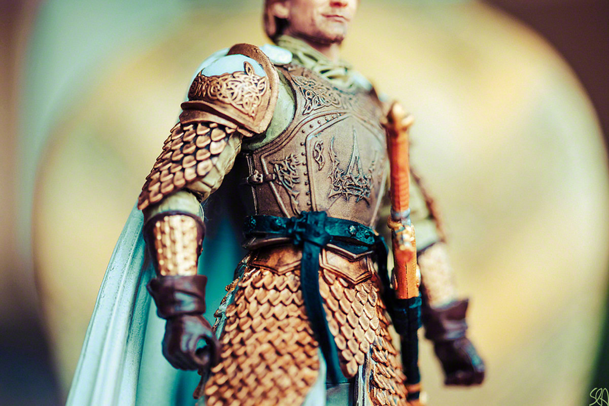 A Jaime Lannister action figure in his Kingsguard outfit.