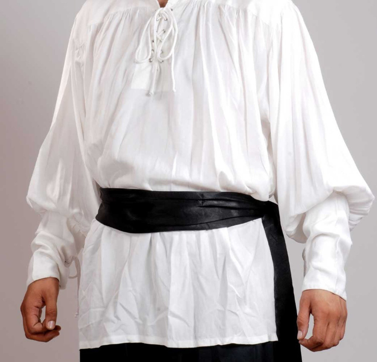 Black waist sash ideal for those buccaneer and pirate style costumes