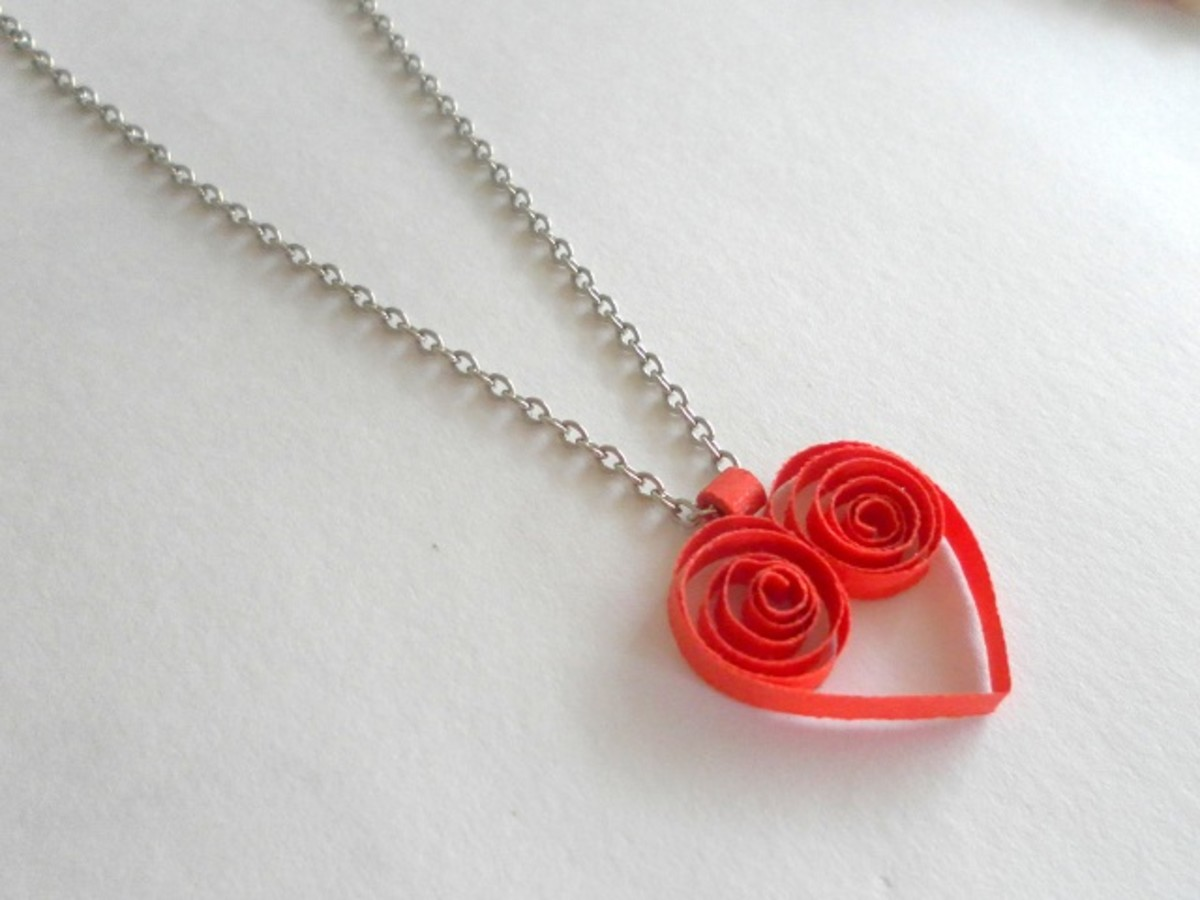 Paper quilled jewelry for your sweetheart!