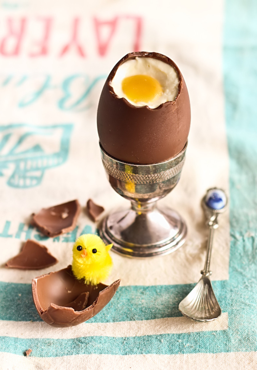 Cheesecake Filled Chocolate Easter Egg