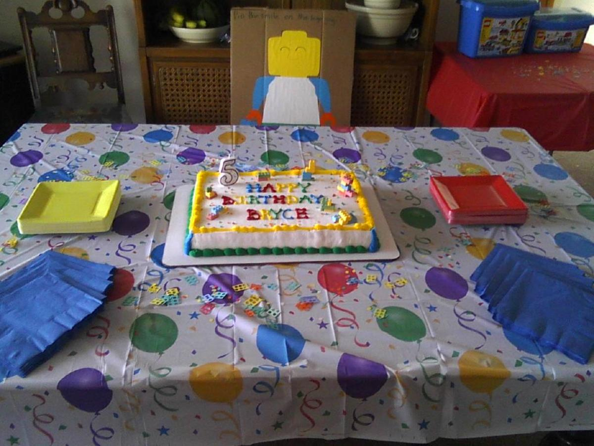 The Lego colors made it so easy to find party plates and table cloths to match.