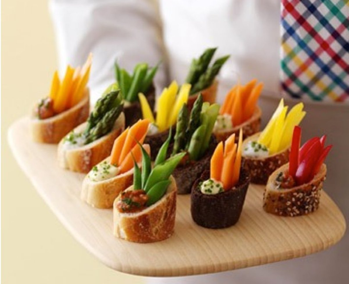 Party Food Ideas for Easter - amazing-looking and easy to make individual crudite.