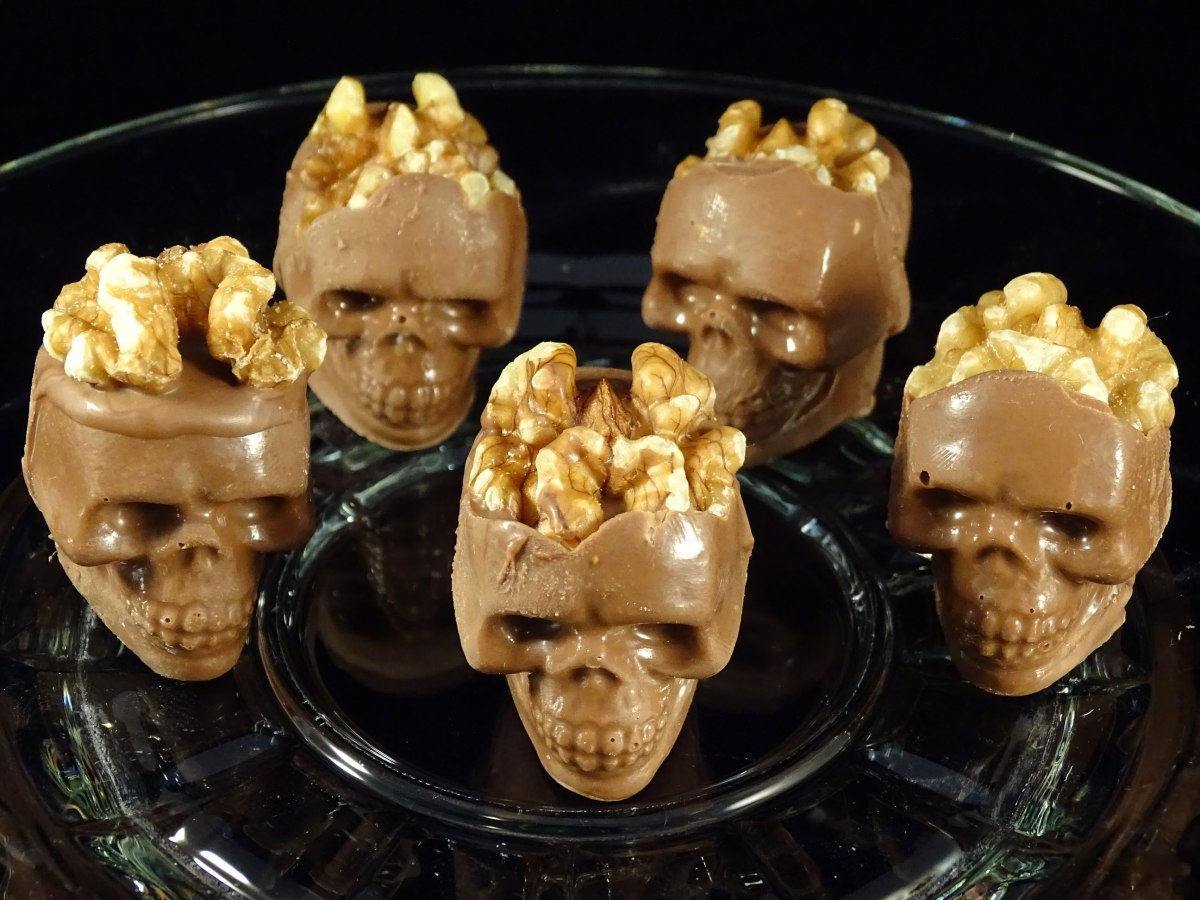 Perfect Halloween party treats - chocolate skulls with crunchy walnut brains.