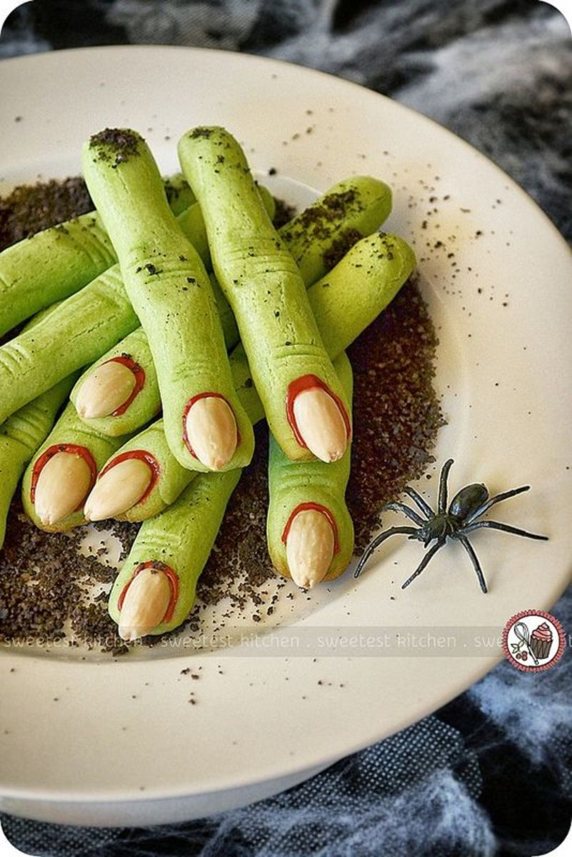 Witches Fingers cookies