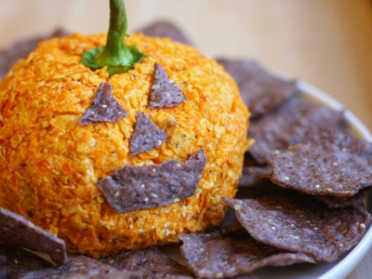 Pumpkin Doritos Cheese Ball