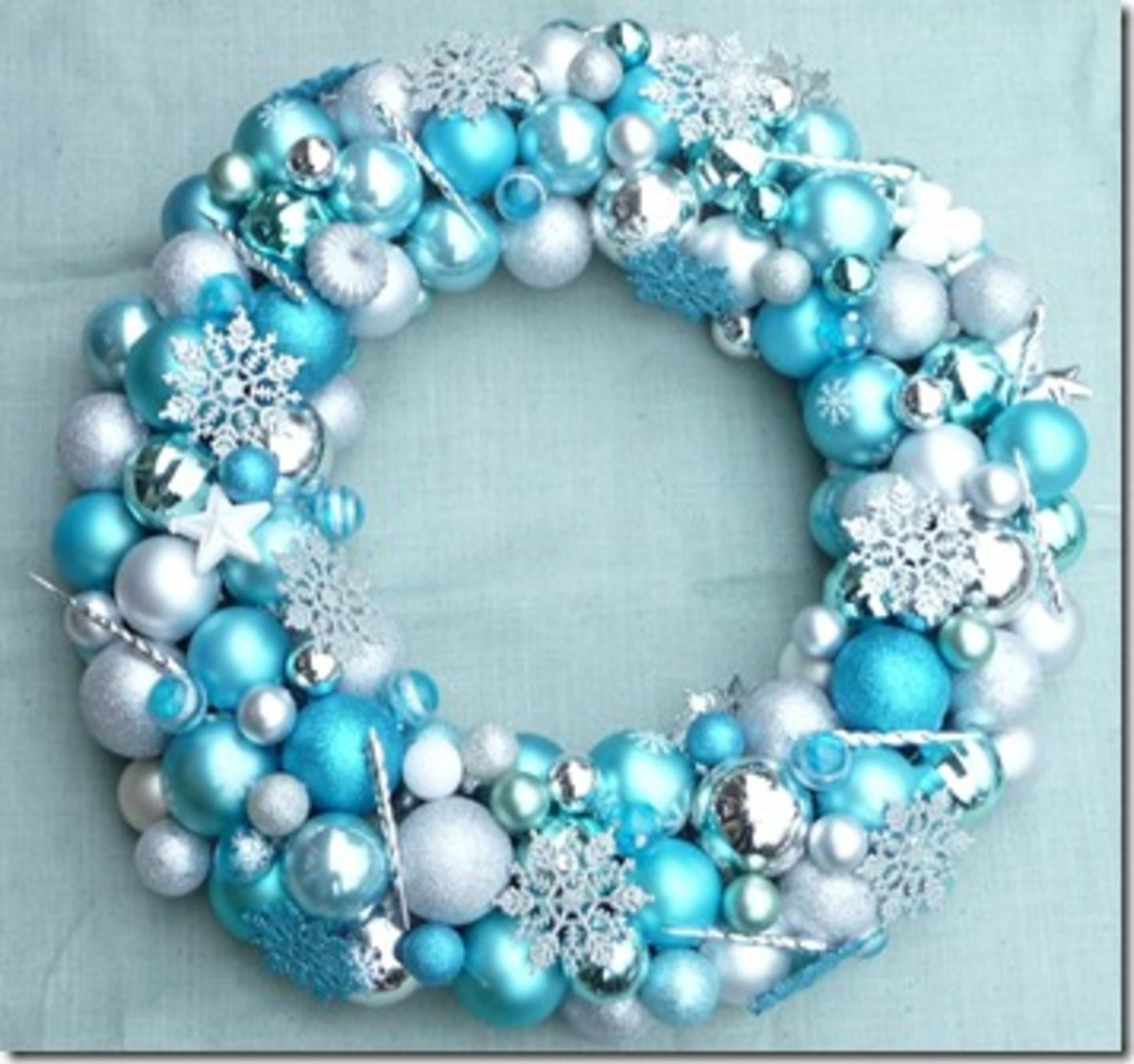 How to Make a Christmas Ornament Wreath | Holidappy