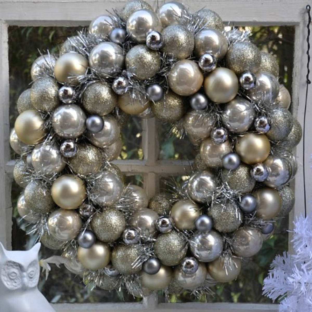 Image #8 - Metallic Christmas Ornament Wreath